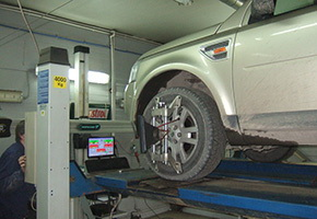 Post-warranty service in the car service Maximots 5