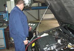 Post-warranty service in the car service Maximots 6