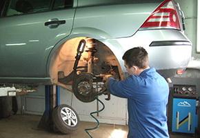Post-warranty service in the car service Maximots 8