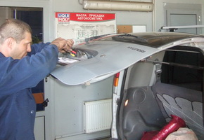 Post-warranty service in the car service Maximots 9