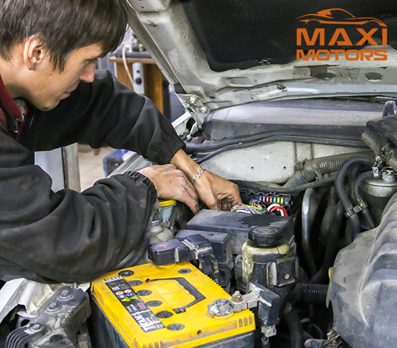 Замена блока предохранителей в Максимоторс